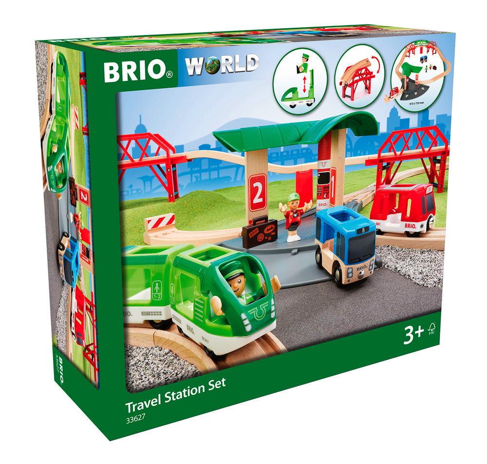 Brio World Eisenbahn Set Reisezug Set mit Busbahnhof 25 Teile 33627