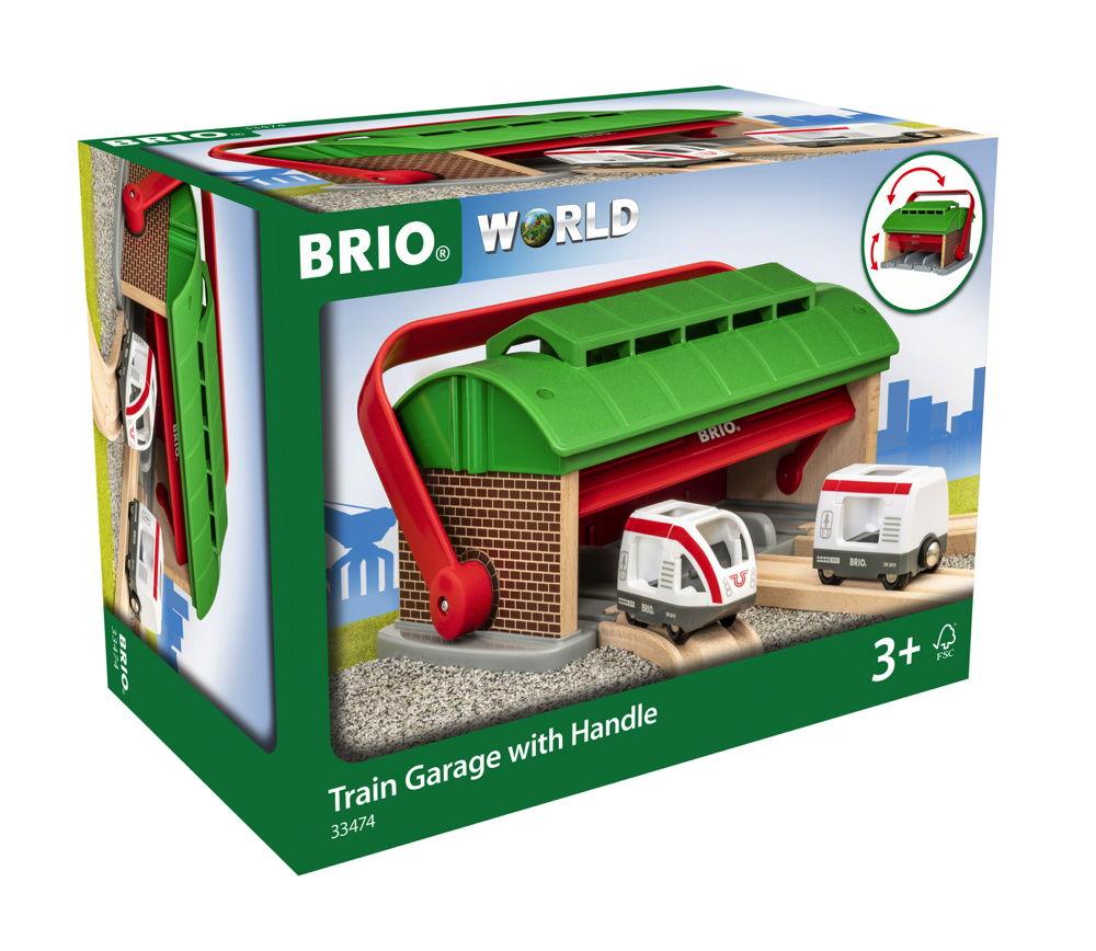Brio World Eisenbahn Zug Mitnehm-Lokschuppen mit Reisezug 3 Teile 33474